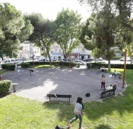 La place Alexandre Médecin, le coeur du quartier Saint-Maurice